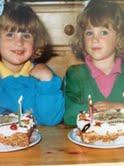 Tweeling Femke en zus